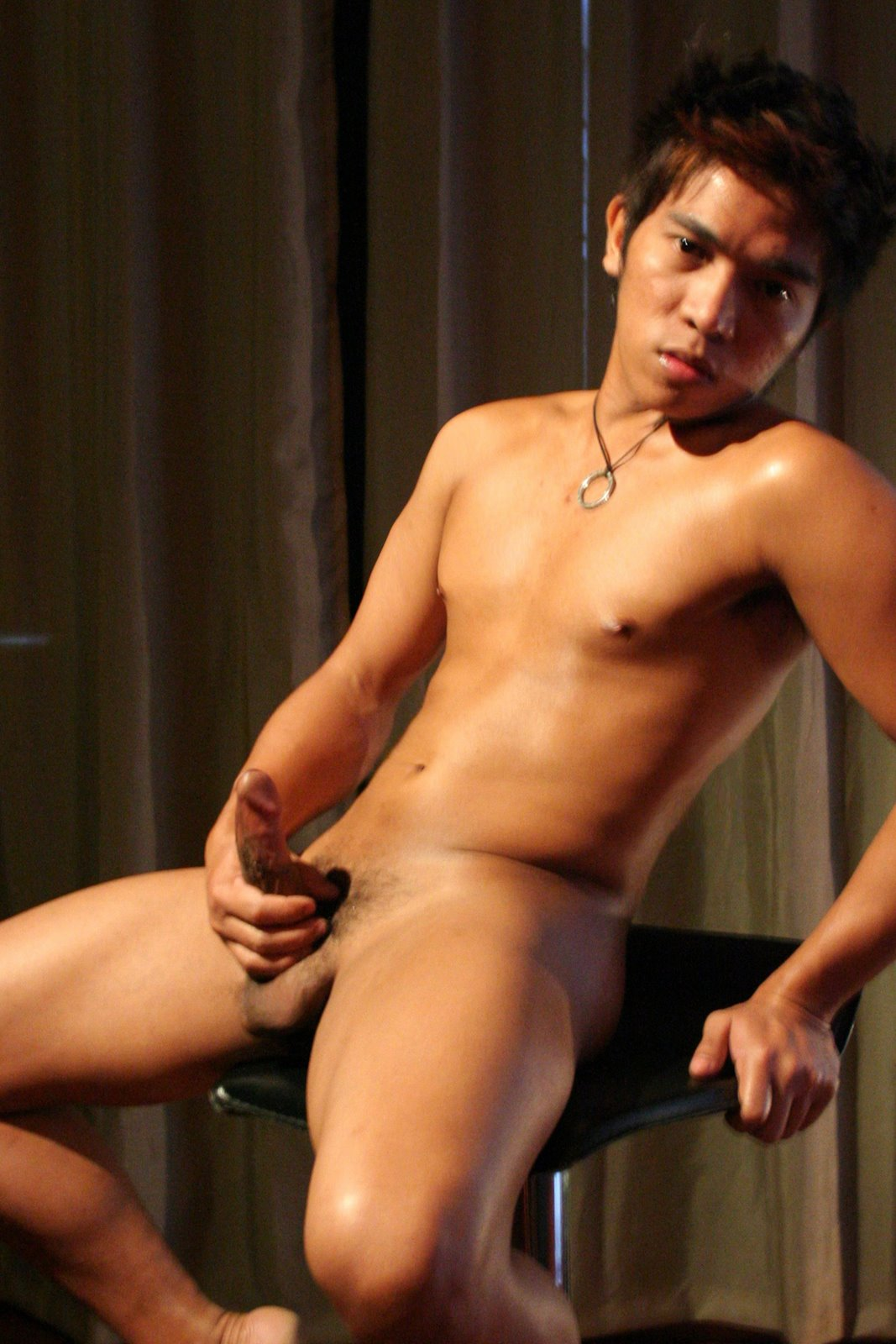 Nude pinoy male amateur