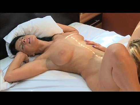 Mature housewives orgasm pictures